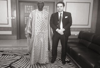M. Denis CHEMILLIER-GENDREAU, Président du Groupe FINACTU, a eu le privilège de rencontrer le Ministre du Travail de la République du Sénégal aujourd'hui à Dakar.